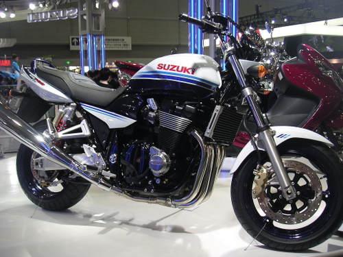 GSX 1400 スペシャルカラー